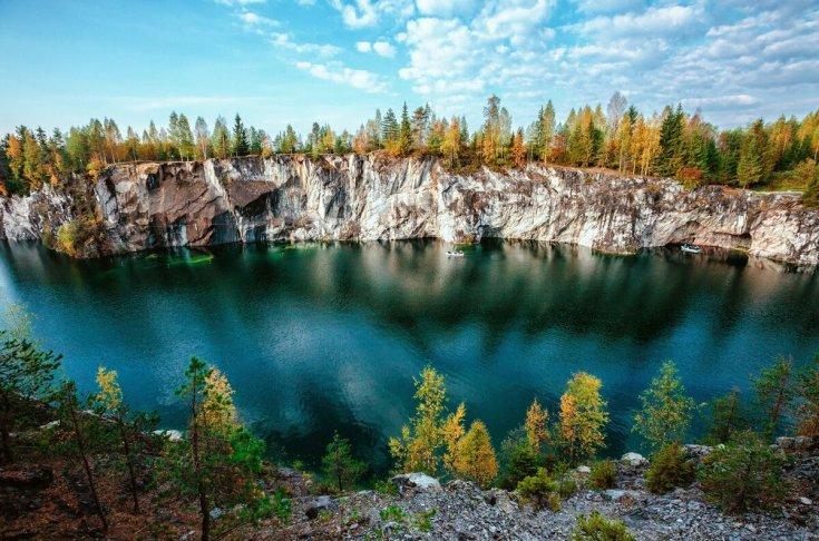 Базы отдыха в Карелии с рыбалкой осенью