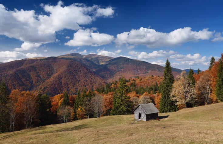 Отдых в горах осенью