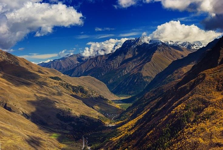 Отдых в горах России осенью